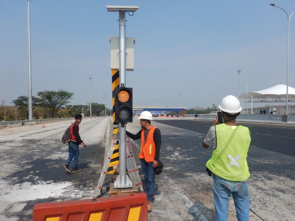 Jual Traffic Warning Light | Lampu Hati-Hati