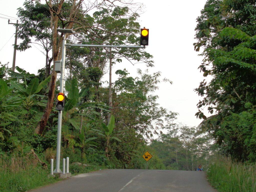 Pemasangan Warning Traffic Light|Lampu Peringatan